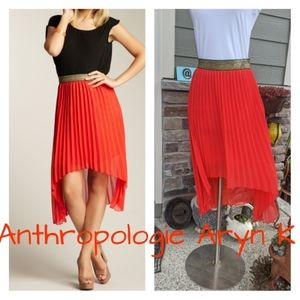 🥥🥥Anthropologie Aryn K accordion skirt